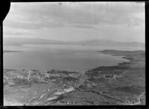 Lake Taupo and township