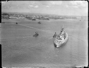 Ship HMS Howe berthing in Auckland