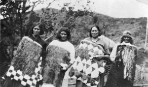 Group including Rua Kenana's wife and daughter, at Maungapohatu