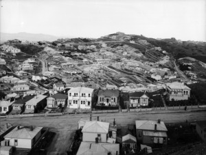 Part 3 of a 3 part panorama of Brooklyn, Wellington