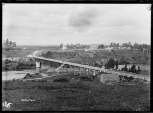 A view of Hamilton showing the first traffic bridge