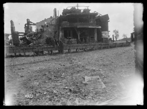 New Zealanders searching the Sugar Factory in Bapaume, World War I