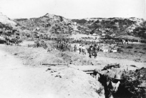 Soldiers fetching water, Gallipoli, Turkey