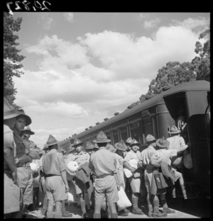 Maori reinforcements leaving Rotorua during World War 2