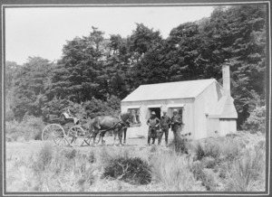 Carriage driver with Leonard and Ernest Lancaster, at Waihohonu Hut, Tongariro National Park