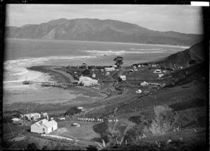 View of settlement at Te Ariuru at the northern end of Tokomaru Bay