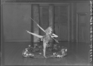 Bebe de Roland, dancer, as a child in costume