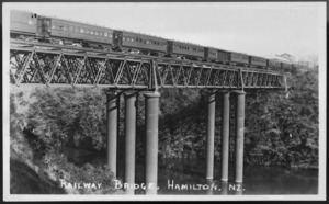 Railway bridge, Hamilton