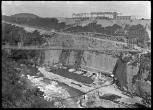 View of the Arapuni Dam under construction, circa 1928.