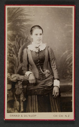 Grand & Dunlop (Christchurch) fl 1878 :Portrait of unidentified woman