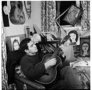 Artist Selwyn Muru at Barry Crump's home, Wellington