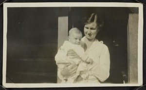 Portrait of Agnes Isobel Stout and her son Robert Edward Stout as a baby