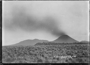 Mount Ngauruhoe in eruption, 1909