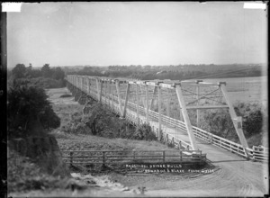 Rangitikei Bridge at Bulls - Photograph taken by Edwards & Blake