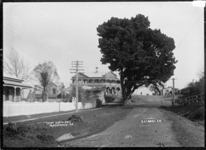 Great South Road at Ngaruawahia, circa 1910 - Photograph taken by Robert Stanley Fleming