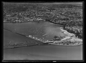 Auckland Harbour Bridge, Westhaven