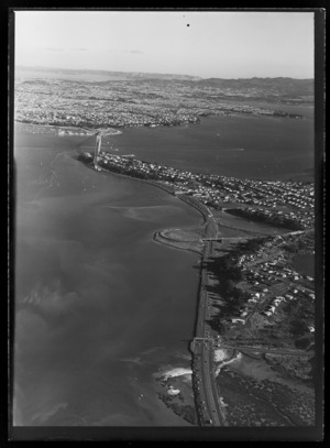 Northern approach roads to the Auckland Harbour Bridge