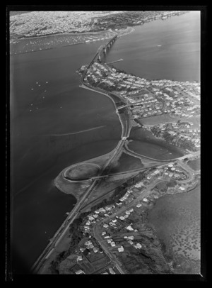 North Shore approach to Auckland Harbour Bridge