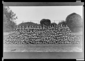 1909 group portrait of King's College students, Remuera, Auckland