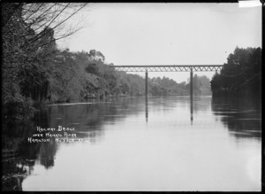 Railway Bridge over the Waikato River at Hamilton, circa 1910s