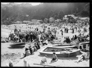 Crowd on beach at Worser Bay, Wellington