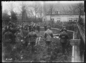 Funeral for an Otago officer during World War I