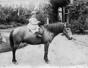 Dorothy Pharazyn on horseback