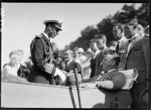 Duke of York inspecting invalid, Wellington, 1927