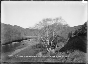 Waiaua Bridge Junction on the main East Coast Road, Bay of Plenty