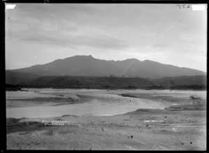 Mount Karioi from Wainui, Raglan, 1910 - Photograph taken by Gilmour Brothers