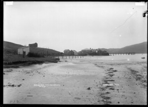 Raglan East, looking West, 1910 - Photograph taken by Gilmour Brothers