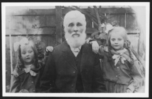 Photograph of Richard Savage and granddaughters