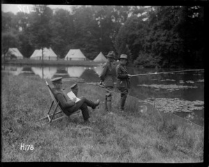 New Zealand army officers spending time in the surroundings of the officers' rest house