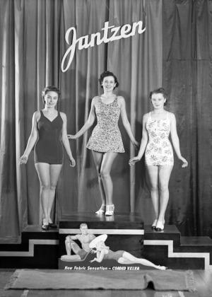 Modelling women's bathing costumes