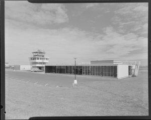 Wanganui airport overlooking carpark
