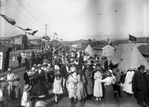Crowds at Lyall Bay, Wellington, probably at a Victory Gala