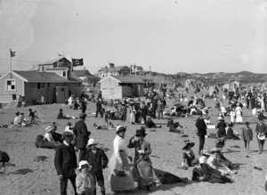 Crowds on the beach at Lyall Bay, Wellington