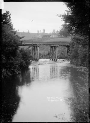 New Road Falls and bridge, Warkworth area