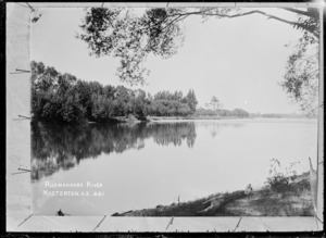 View of the Ruamahanga River, near Featherston