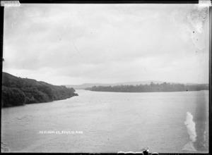 View of the Waikato River and Tuakau Peninsula