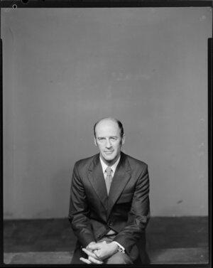 Electrolux publicity portrait, Mr Carson