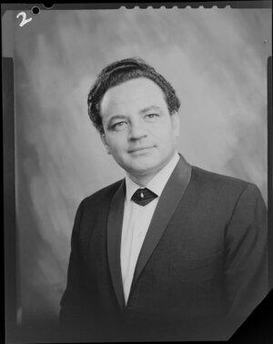 Mr Selwyn publicity portrait