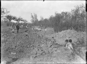 Digging gun positions for New Zealand trench mortars, near Le Quesnoy, France, World War I