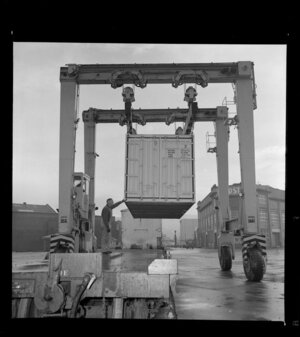 Drott loader for container crane, for Wellington Harbour Board