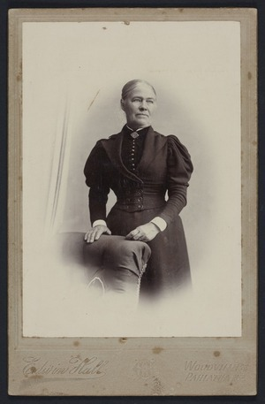 Hall, Edwin (Woodville) fl 1890s :Portrait of unidentified woman