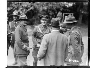 Sir Thomas MacKenzie with New Zealand officers in France during World War I
