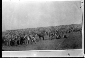 Massed World War I cavalry troops, Middle East