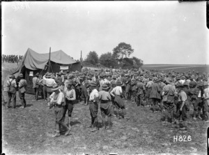 New Zealand soldiers run a totalisator at their gymkana sports, Louvencourt