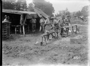 The pioneers of a Wellington Regiment at work on the transport lines