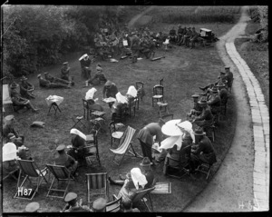 Nurses of the New Zealand Stationary Hospital give a garden party in the grounds